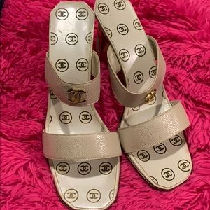 NEW AUTH CHANEL SANDALS size US8.5